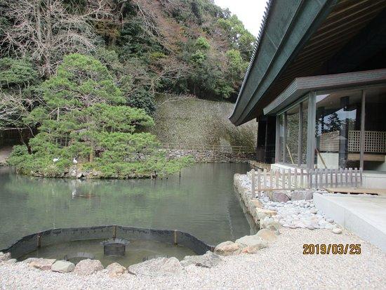 Izumo Taisha Mirror Pond
