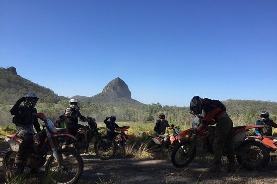 1/2 Day Guided Glasshouse Mountains Trail Bike Tour