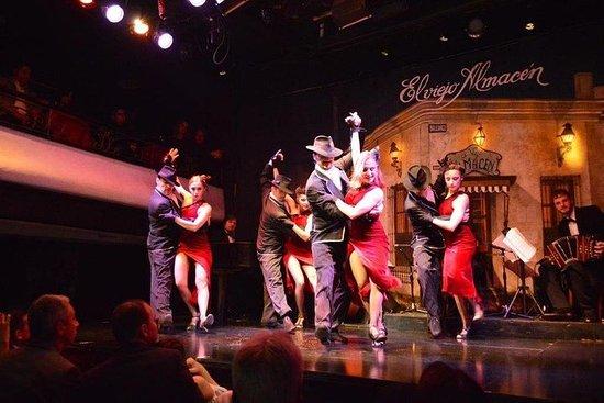 Espectáculo de tango en El Viejo...