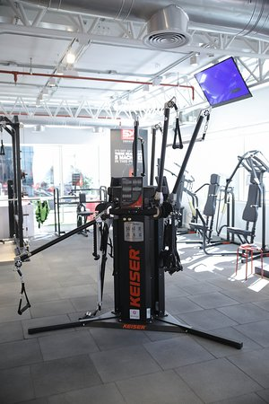 Sheikh Zayed City, Egypt: Keiser Functional Training (TSG Arena)