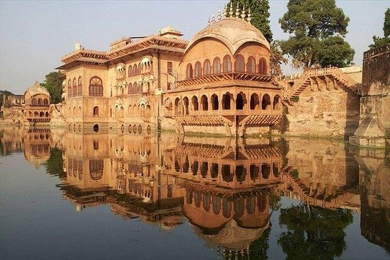 Full Day Fatehpur Sikri, Bharatpur and...