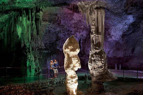 的里雅斯特的Postojna Cave&Predjama Castle