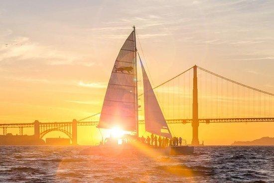 Croisière Sunset en catamaran dans la...