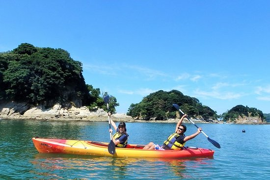 Tour in kayak dell'isola disabitata (Ise Shima)