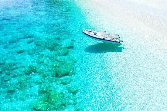 卡利亞里(Cagliari):海與山之間:Chia的小艇和吉普車之旅
