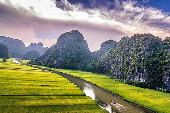 Discover Hoa Lu Tam Coc 1 Day with...