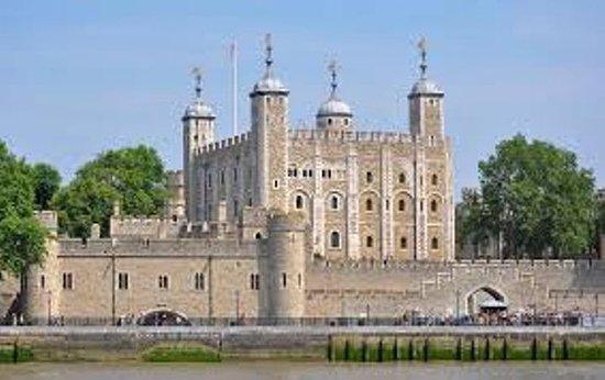 伦敦一日游包括午餐游轮