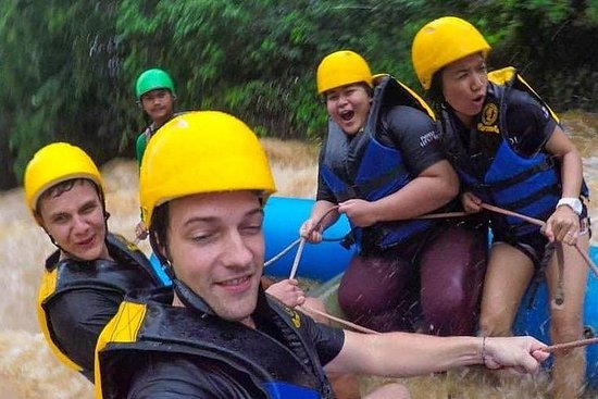 Holen Sie sich Ihr Adrenalin in diesem 4-in-1-Abenteuer mit...