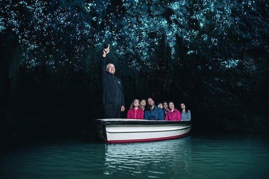 Small group tour to Hobbiton Movie Set...