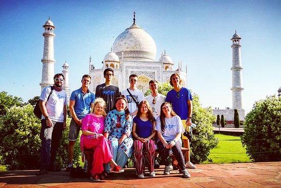 Excursion au lever du soleil au Taj...