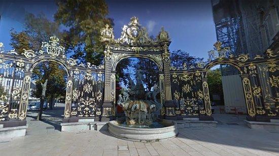 Nancy - place Stanislas - vue panoramique 3
