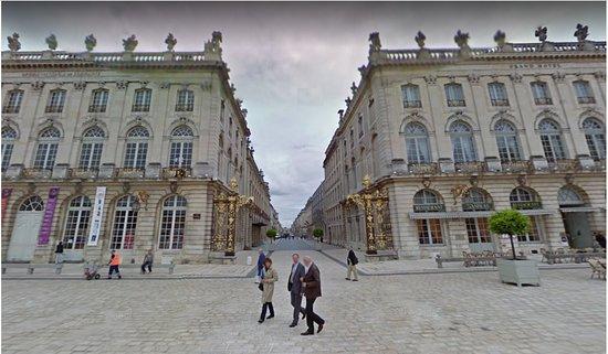 Nancy - place Stanislas - vue panoramique 4