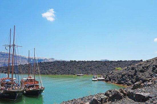Passeio pelas ilhas vulcânicas de...