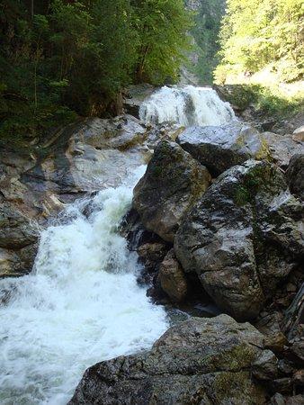 Wasser aus dem Ammergebirge
