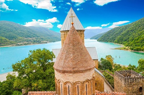 Tour do Grupo Louco ao kazbegi