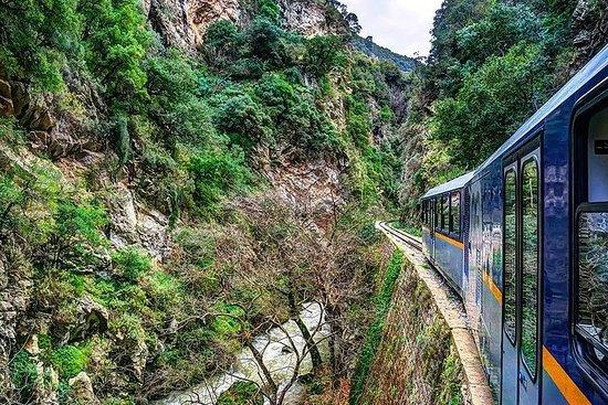 Kalavryta (tren de cremallera) Cueva de los Lagos, tour privado desde...