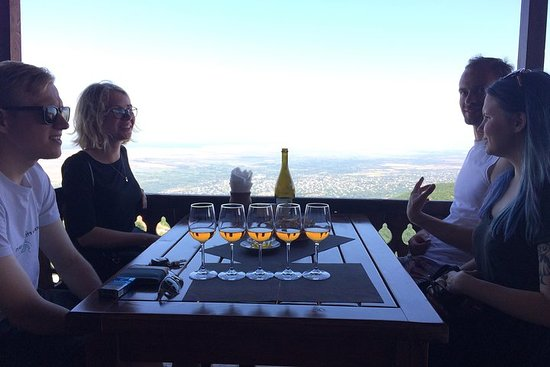 Amber Wines Private Day trip Com...