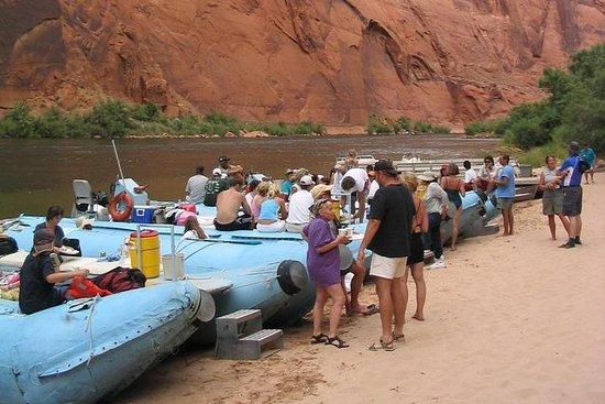 Glen Canyon Float tur på Colorado River fra Sedona