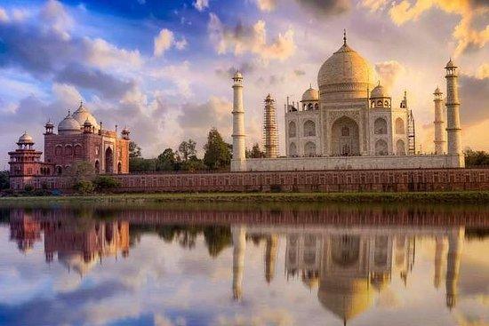 Excursion d'une journée au Taj Mahal et au fort d'Agra en voiture Photo