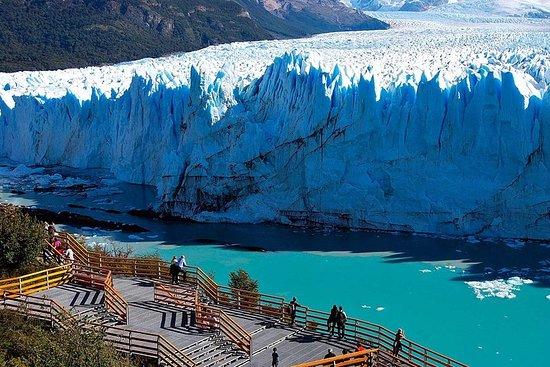 Excursión al Glaciar Perito Moreno con...