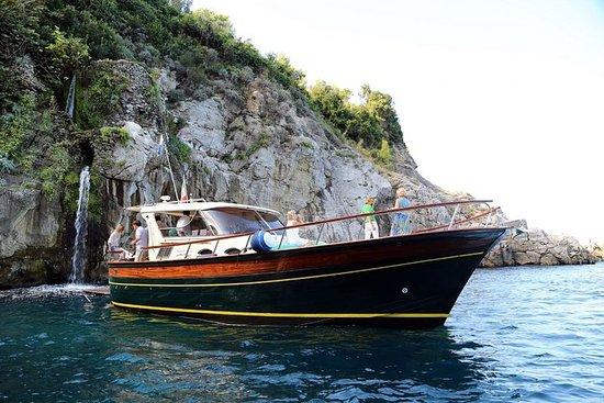 索倫托,波西塔諾或那不勒斯的卡普里私人遊船之旅 - Gozzo F.lli...