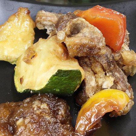 手作りお通し   砂肝と季節の野菜の油淋鶏ソース   令和元年12月の月曜日は営業します。   スマホ用まとめサイトでイベント・お得情報をご確認くださいね。 http://www.thriving-fujino.com/   限定内容・200冊・当店ご利用のお客様。 プレミアム商品券11000円で15000円の食事が出来る商品券を販売中です。 当日ご購入・当日ご利用出来ます、ご購入にPayPay・カード大歓迎。   メニュー https://bit.ly/33N2OGo   Google https://g.page/jazz-sakaba-katupa?gm