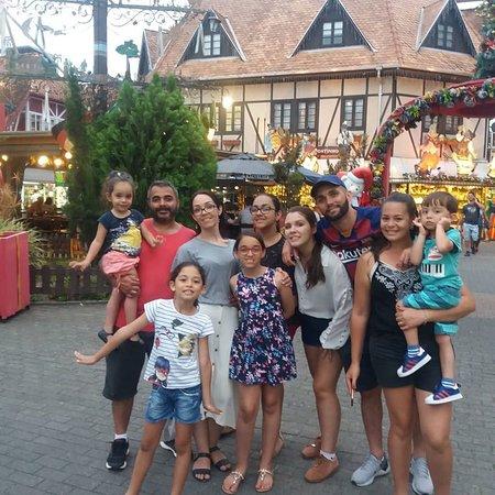 Obrigado Leandro e Familiares pela visita a Santa Catarina. Magia de Natal de Blumenau.