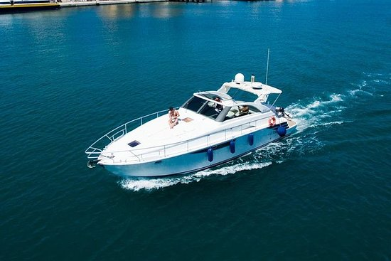 Yacht Day Private Tour in Favignana...