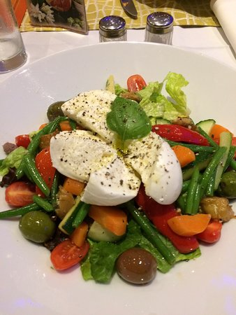 Restaurants Pizza Express Rochester In Medway With Cuisine