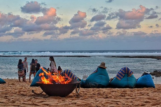 巴厘岛南部的甜蜜逃生:周日海滩俱乐部一日游