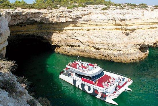 Grottes et croisière sur le littoral...
