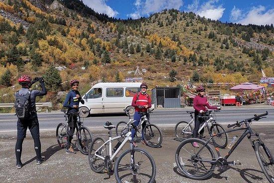 Vélo et randonnée de 14 jours au Royaume Panda et au Kham Tibet...