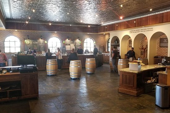 Sip n Shop: Livermore Wine Tasting og Outlet Shopping fra San...