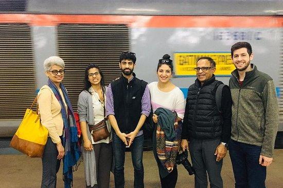 Delhi Agra, Gatiman Train Taj Mahal...