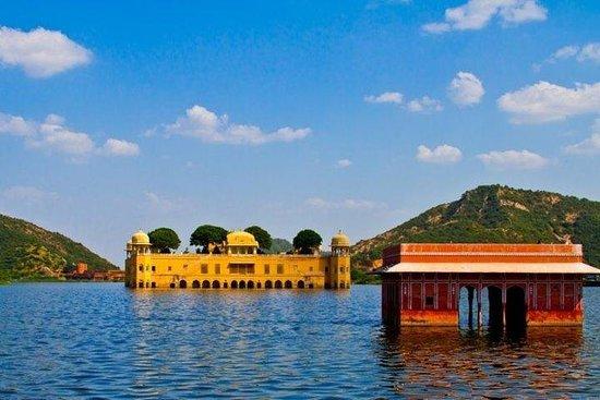 从斋浦尔到Jodhpur Via Pushkar的私人单程接送服务