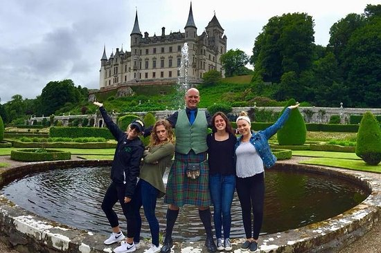BMW X5 SUV Dunrobin Castle and the Scottish Highlands Private Tour