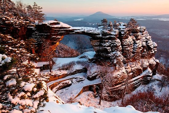 Pravcicka Gate & Bastei Bridge Winter National Park Tour from Prague