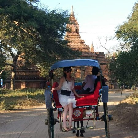 Sunset times of the KozyTours in Bagan.