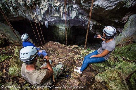 水晶洞和蓝洞国家公园一日游