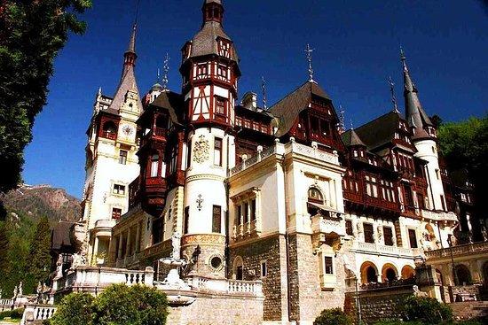 Tour dei castelli e spumanti della Valle di Prahova da Bucarest