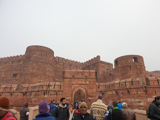 Full Day Private Taj Mahal & Agra Tour from Delhi by Express Train: Agra fort