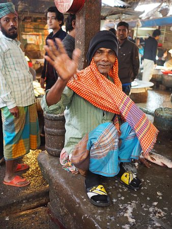 Fish Vendor Chawk Bazar  (Dhaka Photography Tour)