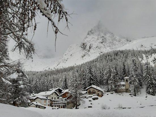 Курмайор, Италия: all'arrivo, poco dopo una nevicata