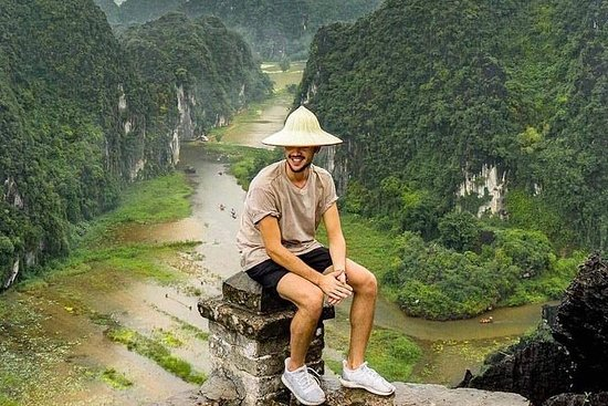 Luxo Hoa Lu - Trang An - Mua Cave dia...