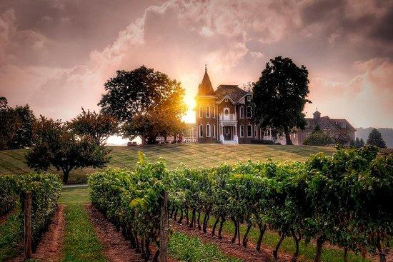 Ultimate Wine Country and Niagara Falls