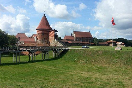Rumsiskes de Kaunas e Mosteiro...