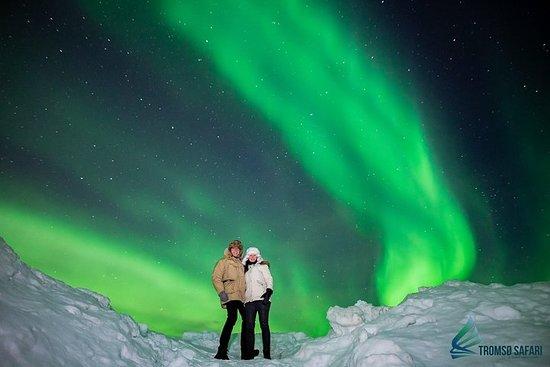 Fotografia de Excursão para grupos pequenos pelas luzes do norte, saindo de Tromso, com dicas de fotografia inclusas