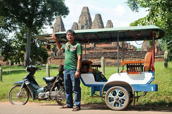 My name is Bros a tuk-tuk and Taxi driver in siem reap