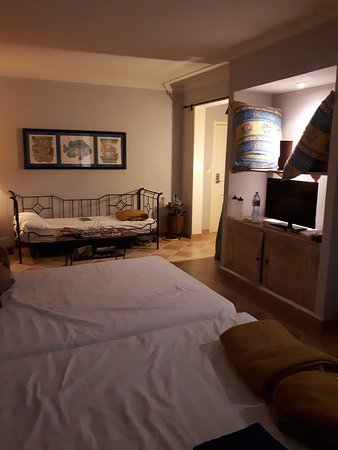 Partial room pic