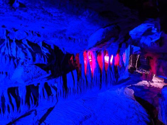 Chattanooga, TN: Ruby Falls is so fun...